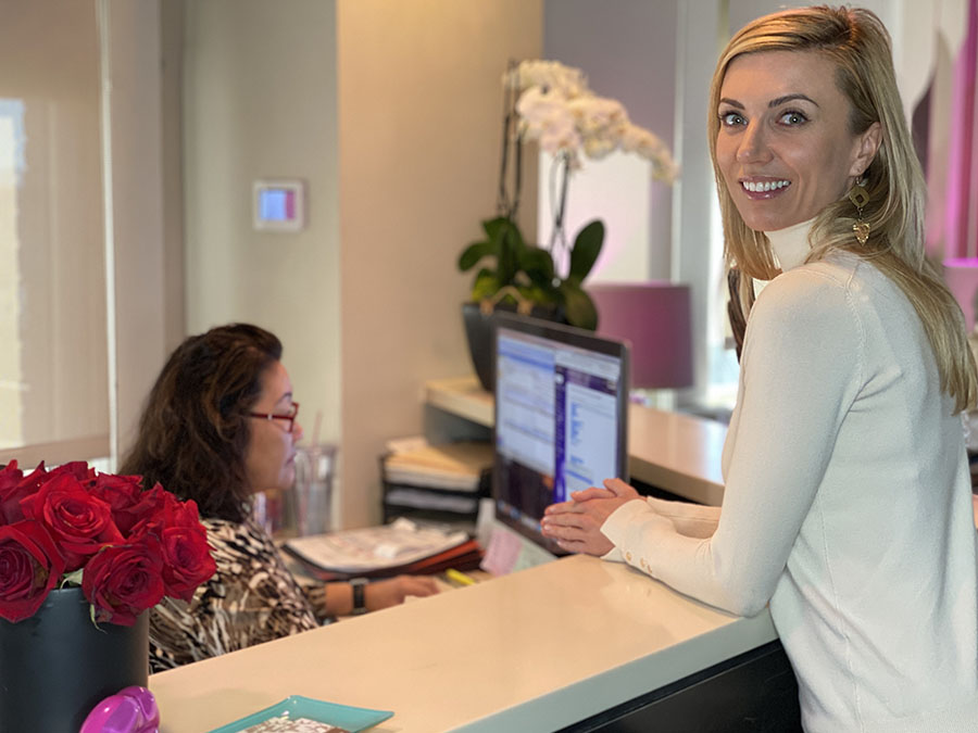 Post-Procedure: Meet at the front desk to schedule your all-important second treatment – the refinement visit.
